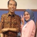 Beda dengan Jokowi, Nikita Mirzani Tak Mau Disuntik Vaksin Buatan China