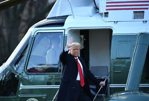 Trump Tinggalkan Gedung Putih tapi Berjanji untuk Kembali