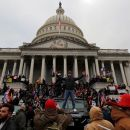 Usai Capitol Hill Diserbu Pendukung Trump, Kongres AS Kembali Bersidang Tetapkan Kemenangan Biden
