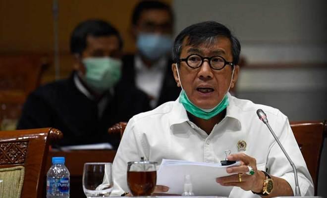 Hanya Berselang Sehari Ditolak Anak Buah Megawati, Menkumham Yasonna Laoly Langsung Hapus Sanksi Pidana Penolak Vaksinasi