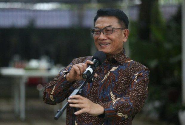 Respons Dingin Moeldoko Saat Ditanya Soal Surat AHY ke Jokowi