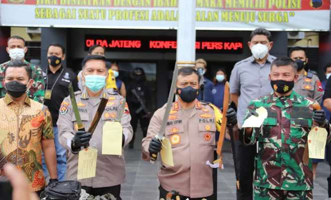 Polda Jateng Tangkap Pelaku Aksi Premanisme dan Penganiayaan Gunakan Samurai di Surakarta