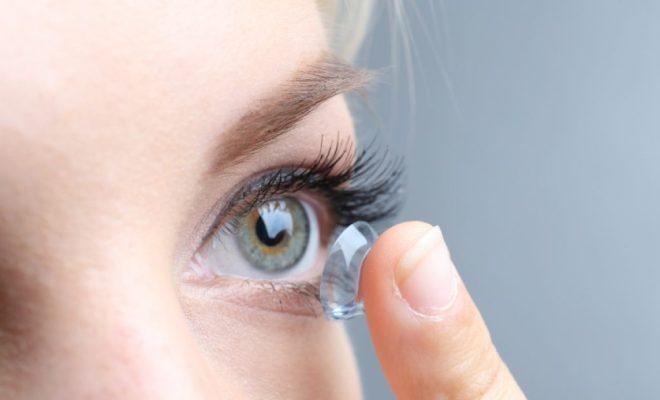 Tips Memilih Lensa Kontak untuk Kesehatan Mata