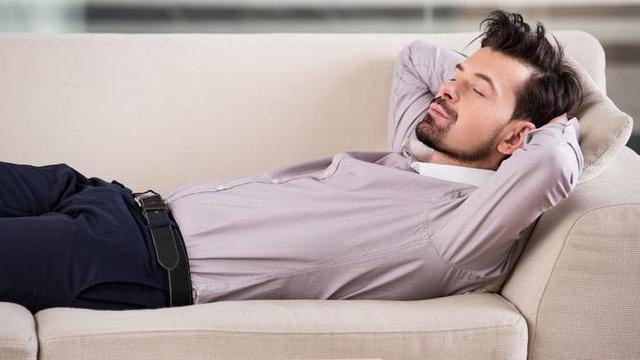 Ini 4 Alasan Sesekali Anda Perlu Sempatkan Tidur Siang