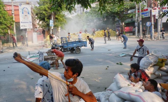 Myanmar Makin Memanas, 14 Demostran Tewas di Tangan Tentara