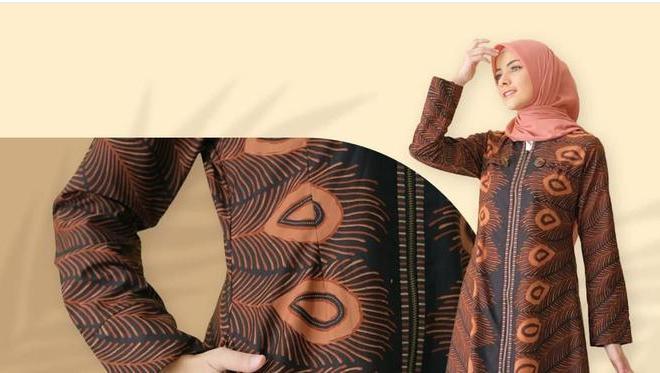 Yasmine Wildblood Bangga Kenakan Hasil Karya Catalia Batik