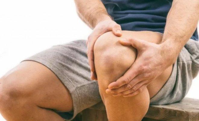 Ketahui Gejala Radang Sendiri Lutut