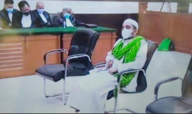 Tok! Hakim Vonis Menantu Rizieq Setahun Penjara