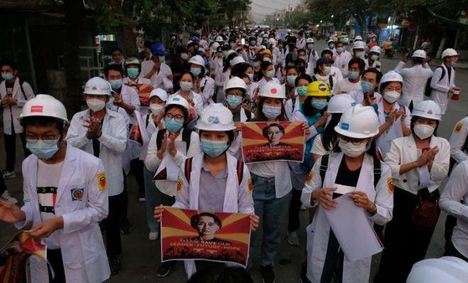Junta Militer Myanmar Serang Petugas Medis