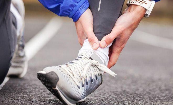 Dokter Ortopedi: Hindari Pijat Saat Cedera Olahraga