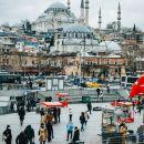 Harga Sewa Rumah Melangit, Mahasiswa Turki Protes Tidur di Taman-taman