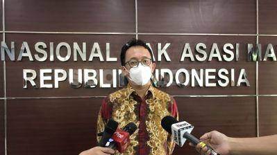 Komnas HAM Protes Syarat PCR Naik Pesawat Meski 2 Kali Vaksin
