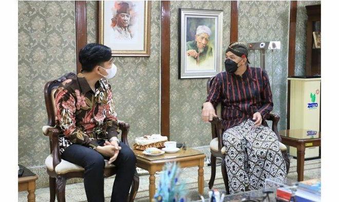 Sempat Ketemu Ganjar, Begini Tanggapan Gibran Soal Kisruh 'Banteng vs Celeng' di PDIP