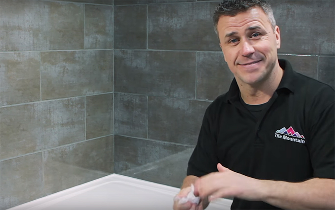 How to Silicone Your Bath or Shower Tray step 9