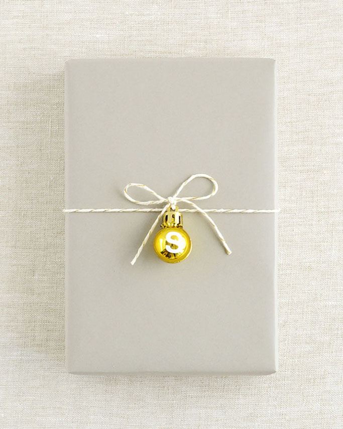 mini-ornament-christmas-wrap