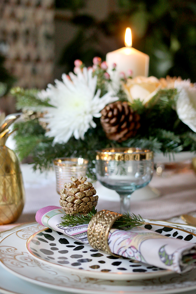 Swoon Worthy Christmas Table Setting detail