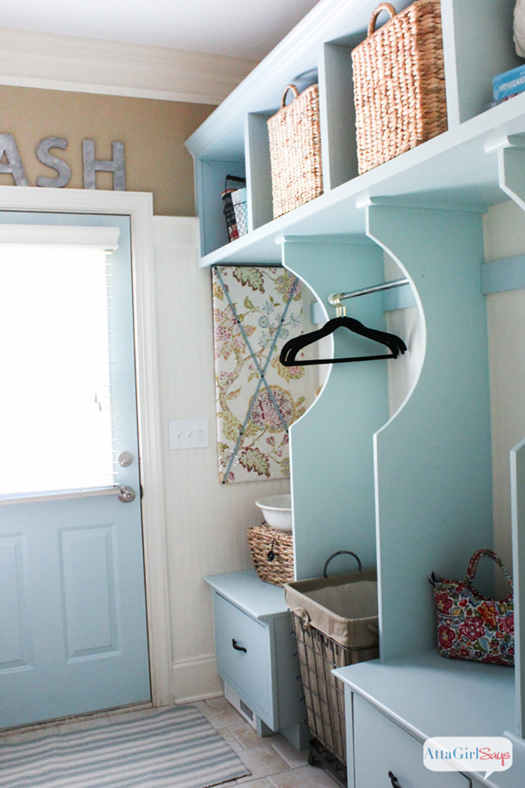 Atta Girl Says laundry-room-makeover