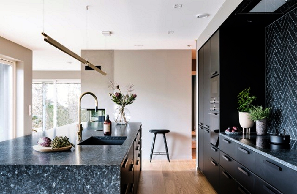 Stone Kitchen Surfaces | Lundhs