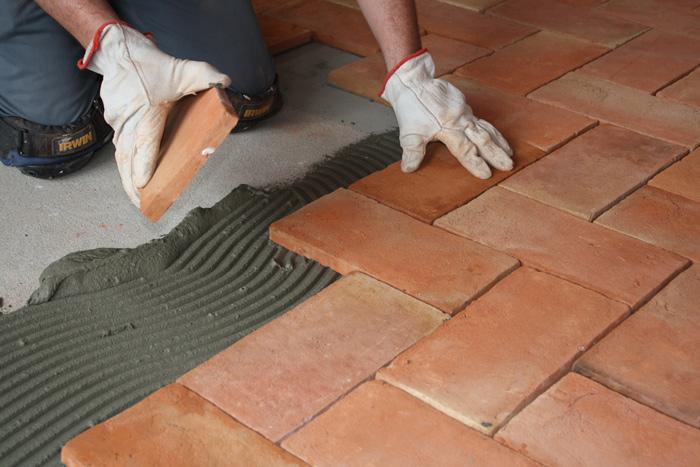 ceramic tile installation cost per sq