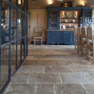 Bourgogne Rustic Limestone-7555