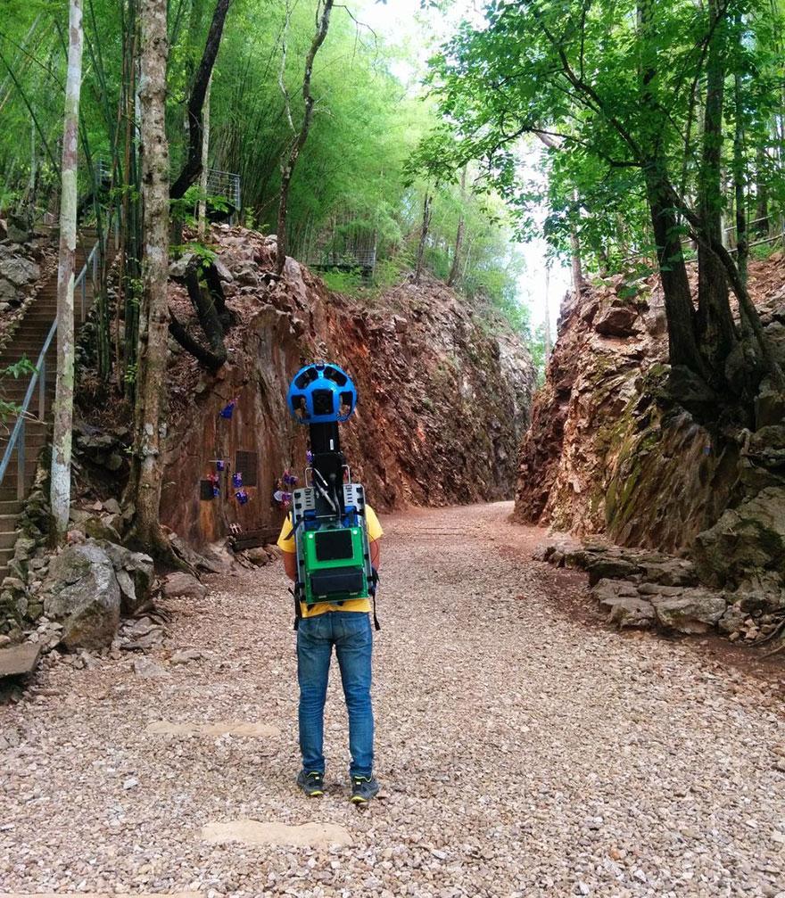 street-view-guy-walks-500km-thailand-google-5