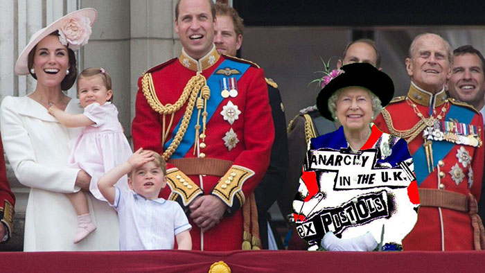 queen-elizabeth-green-screen-outfit-funny-photoshop-battle-9-575e9ae953a72__700