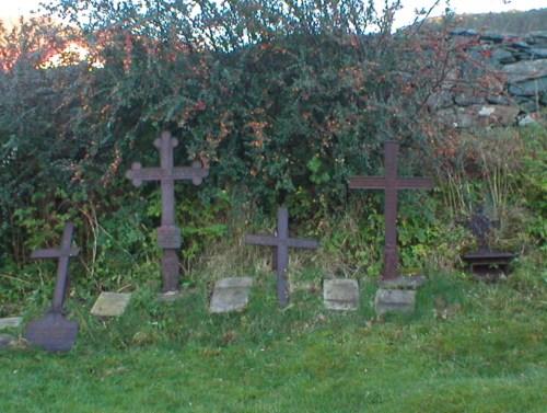 Noen gamle graver fra mine direkte aner - Stavang, Sogn og Fjordane.