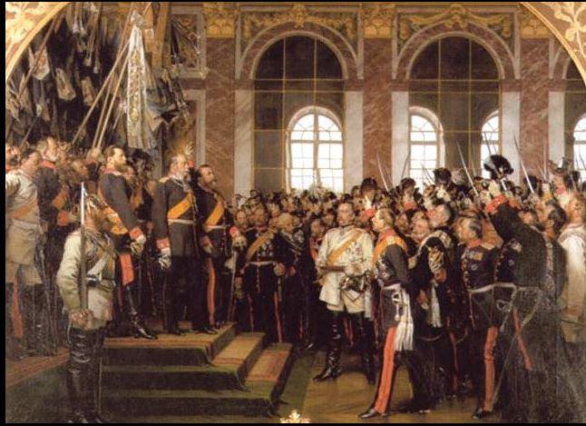 Proklamasjonen av det Det tyske riket i Versailles. Bismarck (i hvitt) ble etter dette feiret som nasjonalhelt.
