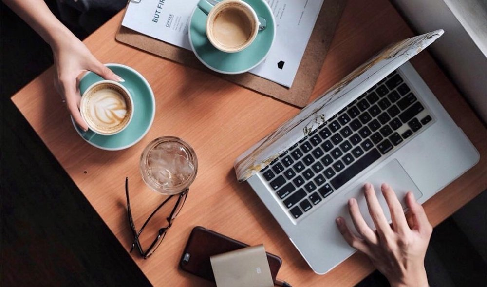 laptop finances and coffee