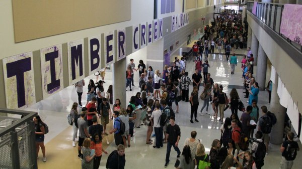 Timber Creek High School students enter the building on the first day of school, Aug. 24, 2015. (Photo from Timber Creek Talon)