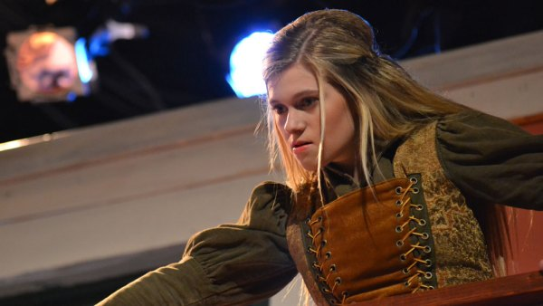 Gabi Galloway performs during a Oct. 5, 2015 dress rehearsal of Taming of the Shrew . (Photo by The Creek Yearbook photographer Mason Chavez.)