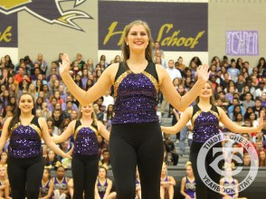 The Creek Yearbook photographers captured Purple Out game day highlights on Sept. 8, 2016. (Photo by Lindsey Garner)