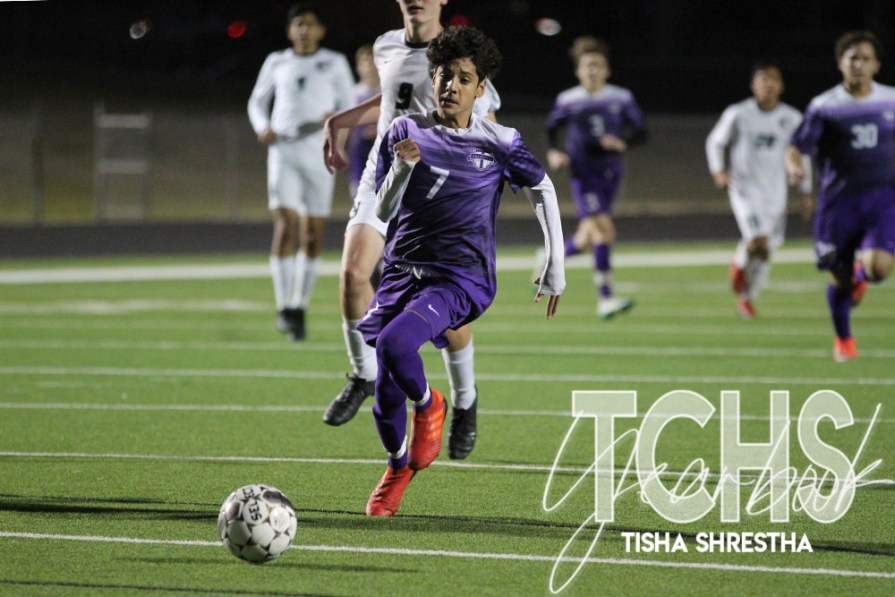 PHOTOS: Varsity Boys Soccer Fight to Make Playoffs