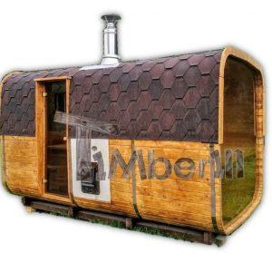 Quadratische Aussensauna mit Holzofen und Vorraum