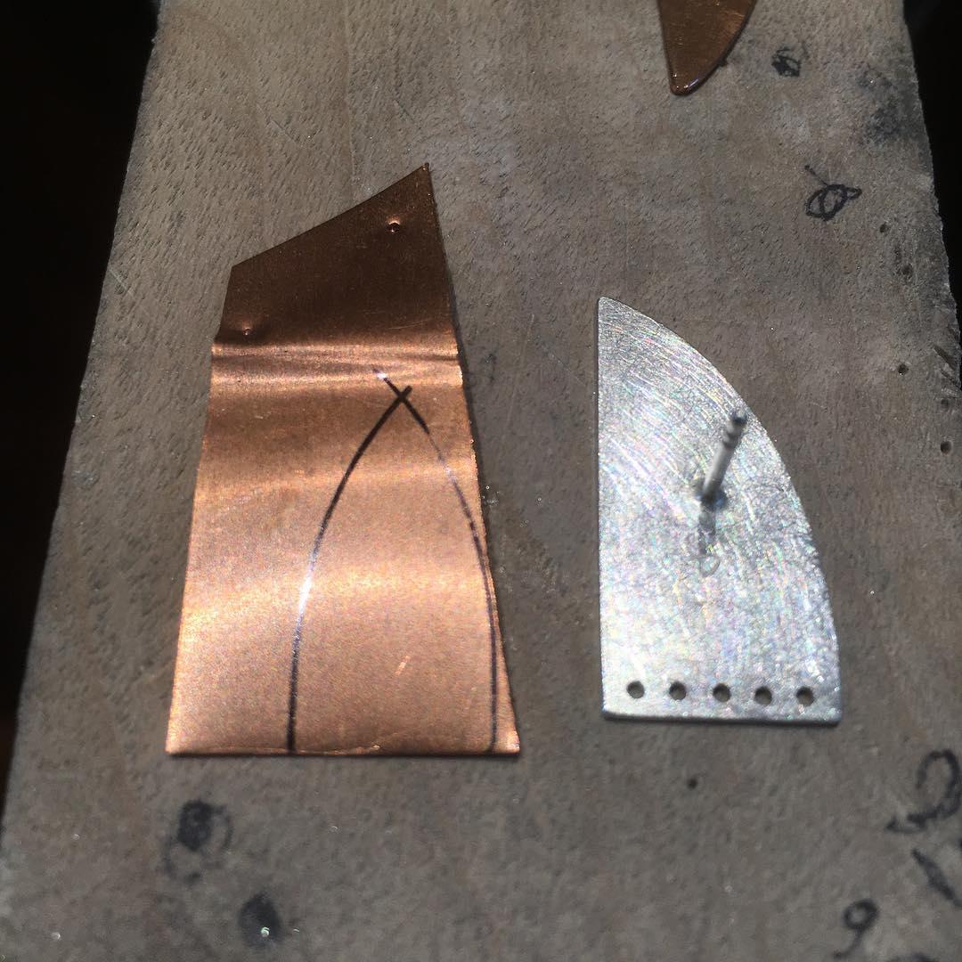 Kupfermodel und Ohrstecker