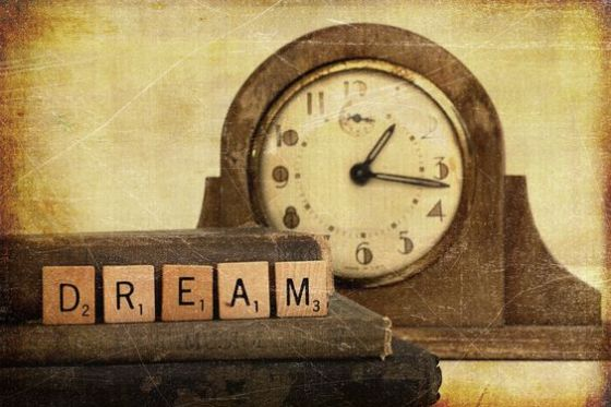 Dreaming and eternalism