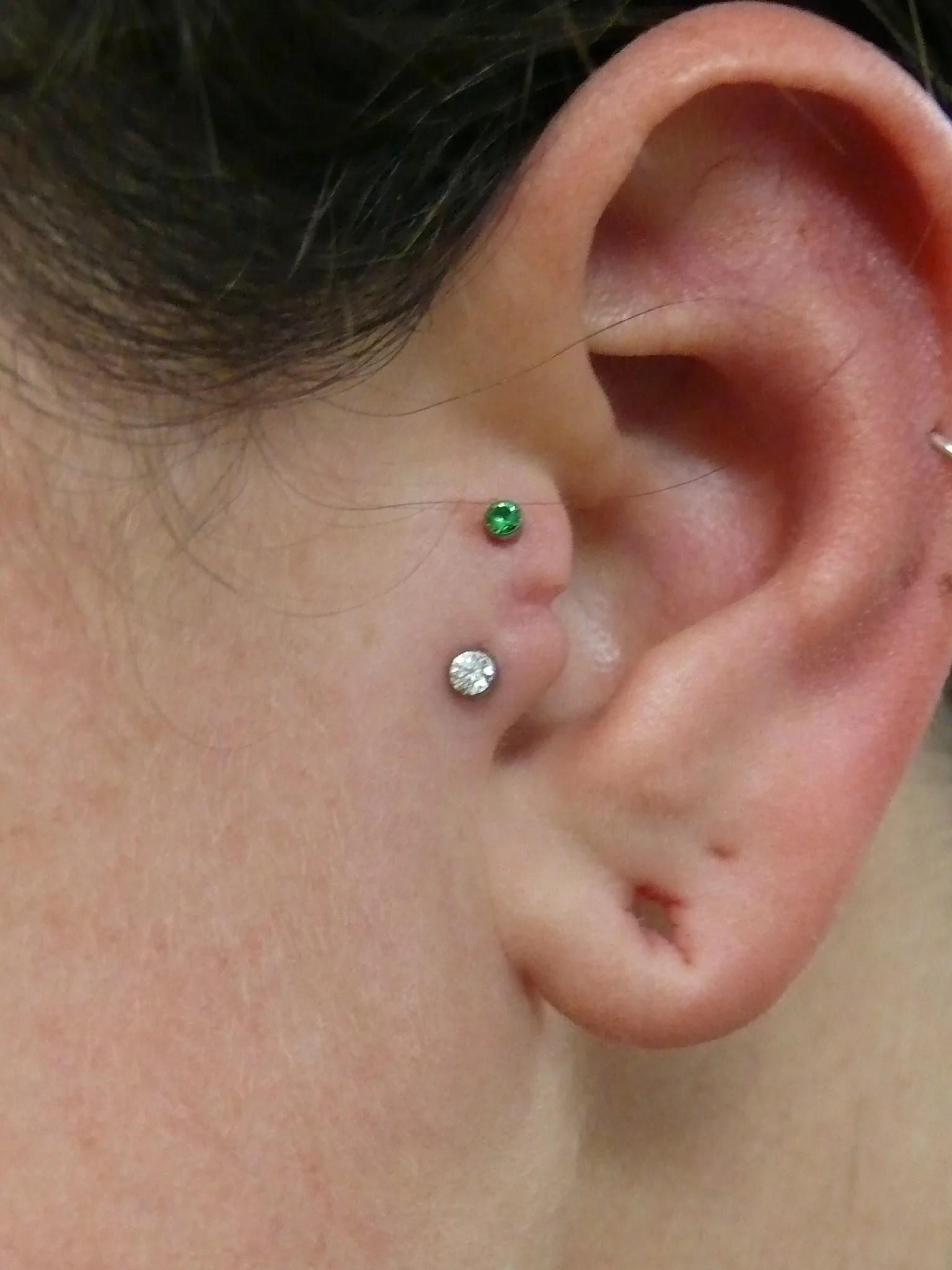 97b741663 tragus-piercing-diamond   Piercing Croydon   Timebomb Piercing & Tattoos