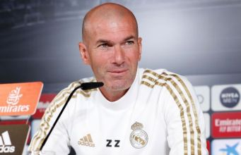 Zidane en la rueda de prensa. // Foto: Real Madrid
