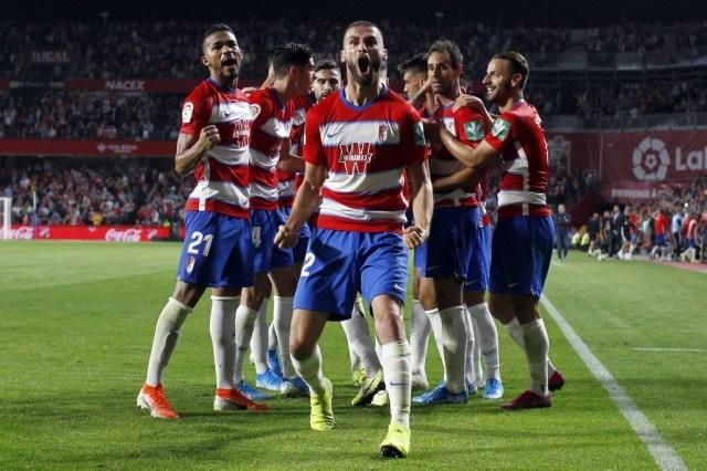 Domingos Duarte celebrando el gol