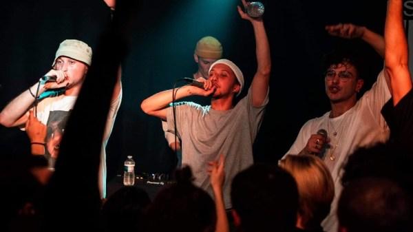 'Agathe, Agathe' lo nuevo del grupo de rap francés llamado Cour de Récré que ha dejado a los fans sin palabras.