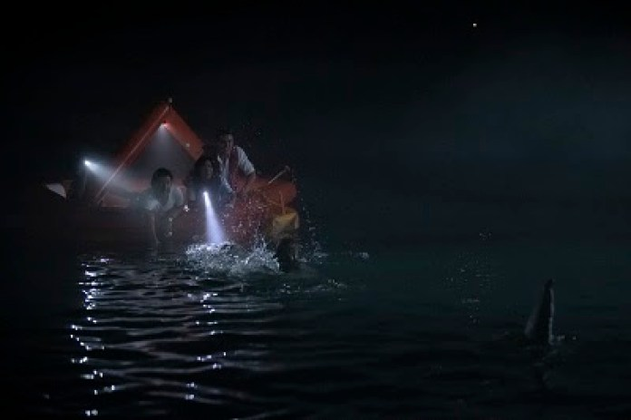 Thriller y terror en 'Tiburón Blanco' | A Contracorriente