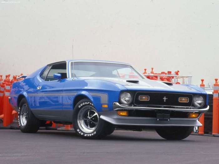 Ford-Mustang_Boss_351_1971_1024x768_wallpaper_01