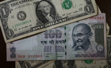 Rupee opens on flat note against U.S. dollar in early trade