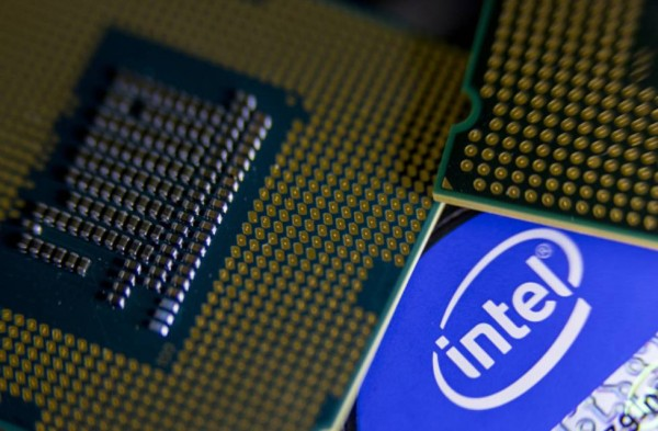 intel cpu closeup
