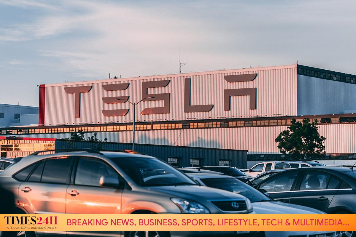 Tesla Changes Strategy in China After Being Scrutinized, Executives Participate in Policy Discussions