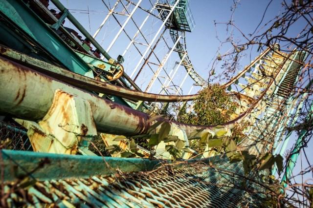 Нара Dreamland, заброшенный тематический парк, Нара, Япония