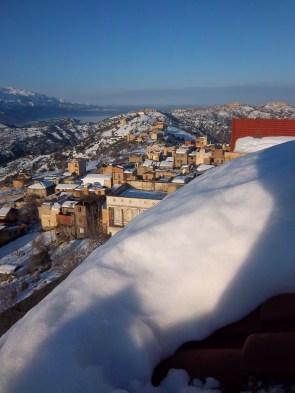 Ighil Bougueni sous la neige - Mohamedh Ath El Hadja Saidh