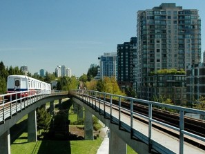 vancouver-skytrain-533827_1280