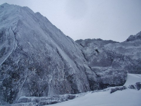 Abbing back down from Tower Ridge...the mega impressive Echo Wall just to the left of Brass Monkey..