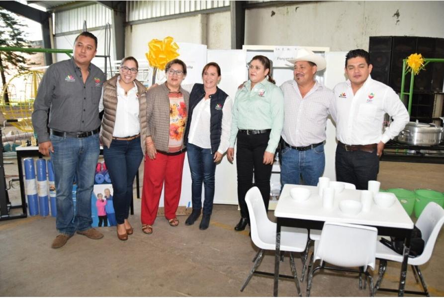 Finaliza DIF Michoacán entrega de equipamientos en los 113 municipios